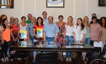 Se firmaron comodatos con Club Urso, CEF Nº 77 y Escuela Nº 501