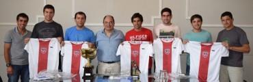 Salomón recibió al equipo universitario campeón en la UNLP