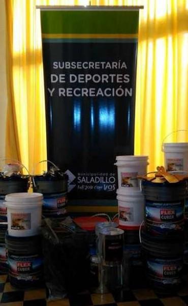 Subsecretaría de Deportes recibió materiales para reacondicionar playones  deportivos de Saladillo