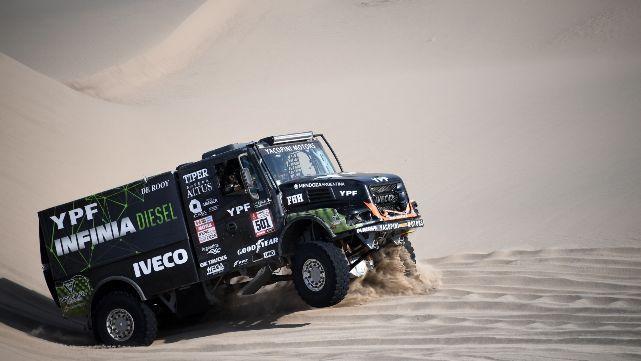 Villagra volvió a ganar y le da pelea a Nikolaev en el Dakar