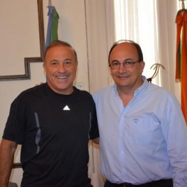 El Vasco Olarticoechea visitó al Intendente