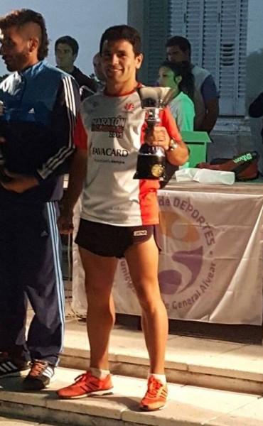 Ezequiel Aguilera hizo podio en Alvear Corre de Noche