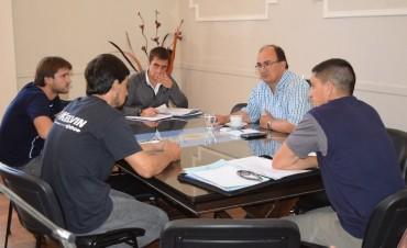 Intendente y funcionarios de Deportes se reunieron con autoridades del Club La Campana