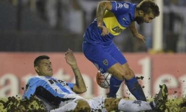 Boca le ganó a Racing y se aseguró su pase a octavos de final