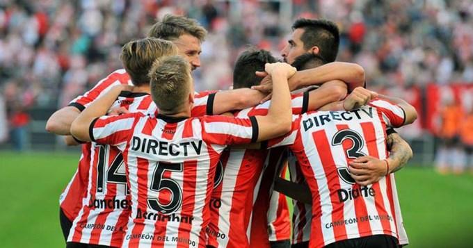 Estudiantes busca su primera victoria en la Copa ante el último campeón