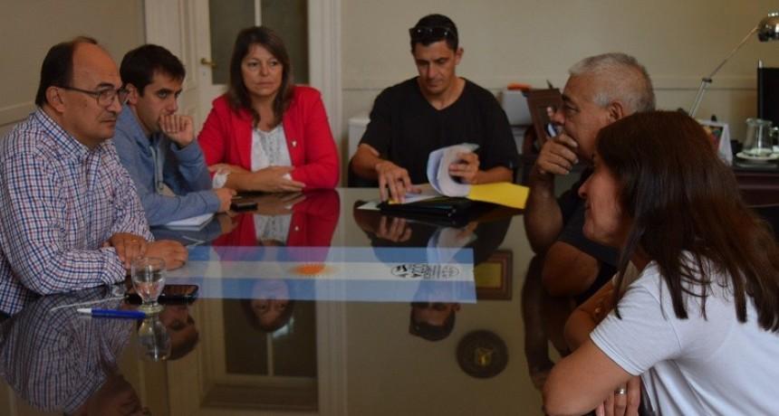 Directivos del Club Apeadero hablaron sobre proyectos con el Intendente de Saladillo