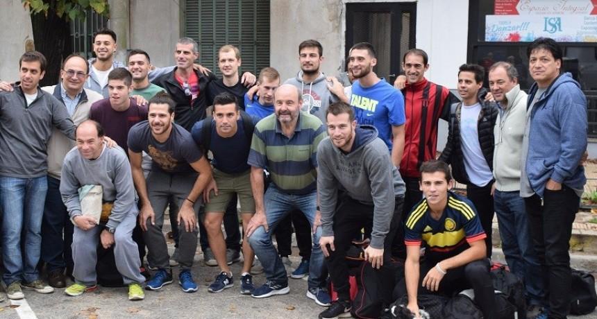 Intendente de Saladillo saludó  al equipo del Club Atlético Huracán