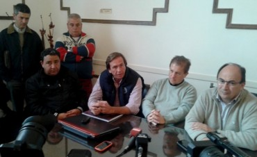 José Luis Salomón recibió a dirigentes del Rugby, Paintball y Argentino
