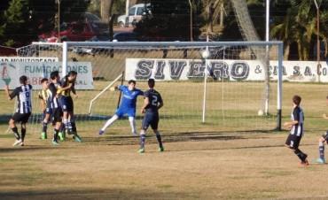 Se jugaron los partidos de ida de las semifinales del Torneo de Primera