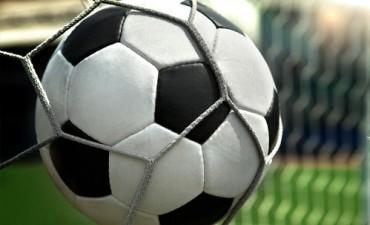 Reynoso y Chacarita juegan este domingo por la final de la copa