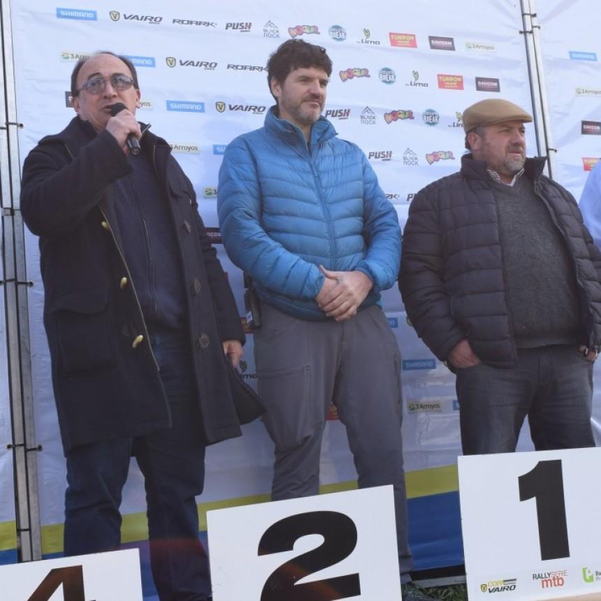 Salomón en la competencia de Rally Serie MTB en Cazón