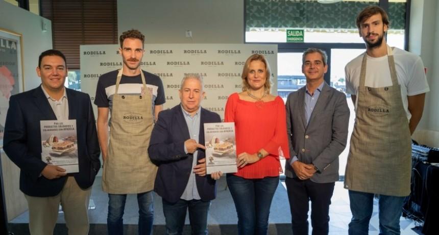 Marcos Delía solidario en España con la lucha contra el cáncer
