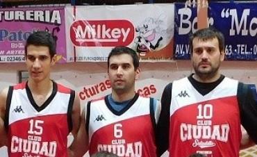 Ciudad de Saladillo estrena el titulo de campeón ante Bragado club