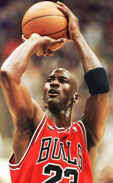 Michael Jordan y Abdul-Jabbar, condecorados por Obama