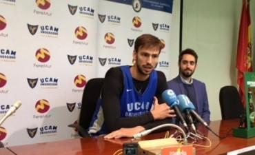 El UCAM Murcia de Marcos Delía encadenó su tercer triunfo europeo consecutivo