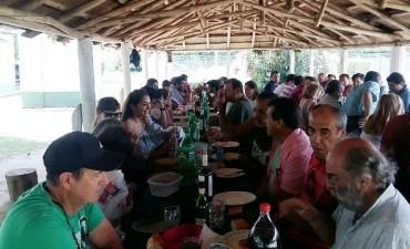 Funcionarios y Periodistas despidieron el año en Cazón