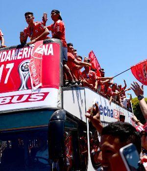 Independiente volvió al país tras otro histórico