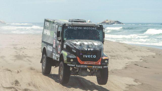 El Coyote Villagra sigue al acecho en el Dakar
