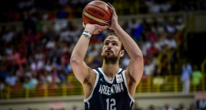 El saladillense con asistencia perfecta en la selección argentina de Basquet