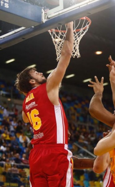 El Murcia de Marcos Delía venció al Mora Banc 77 a 53