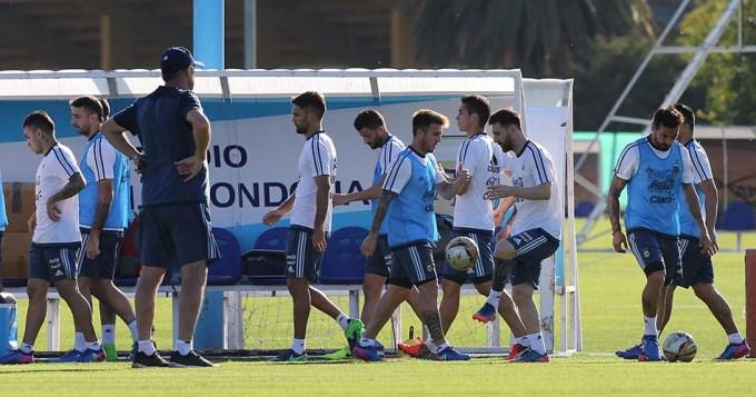 Bauza realizó varios cambios en el equipo pensando en Bolivia