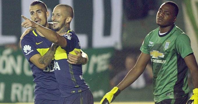 Benedetto puso a Boca en lo más alto del torneo