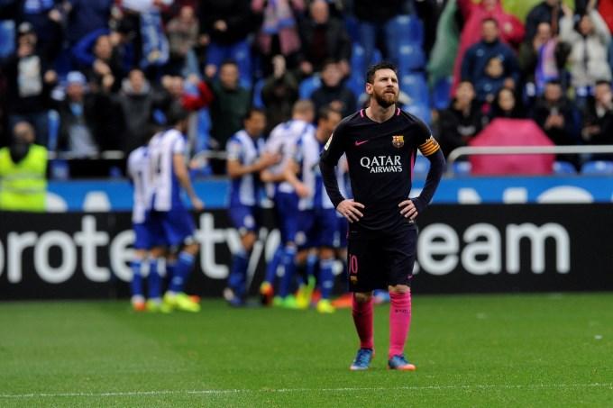 Luego de la hazaña, Barcelona perdió y le dejó la mesa servida al Real Madrid