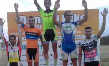 Muchos ciclistas saladillenses corrieron en Tapalque