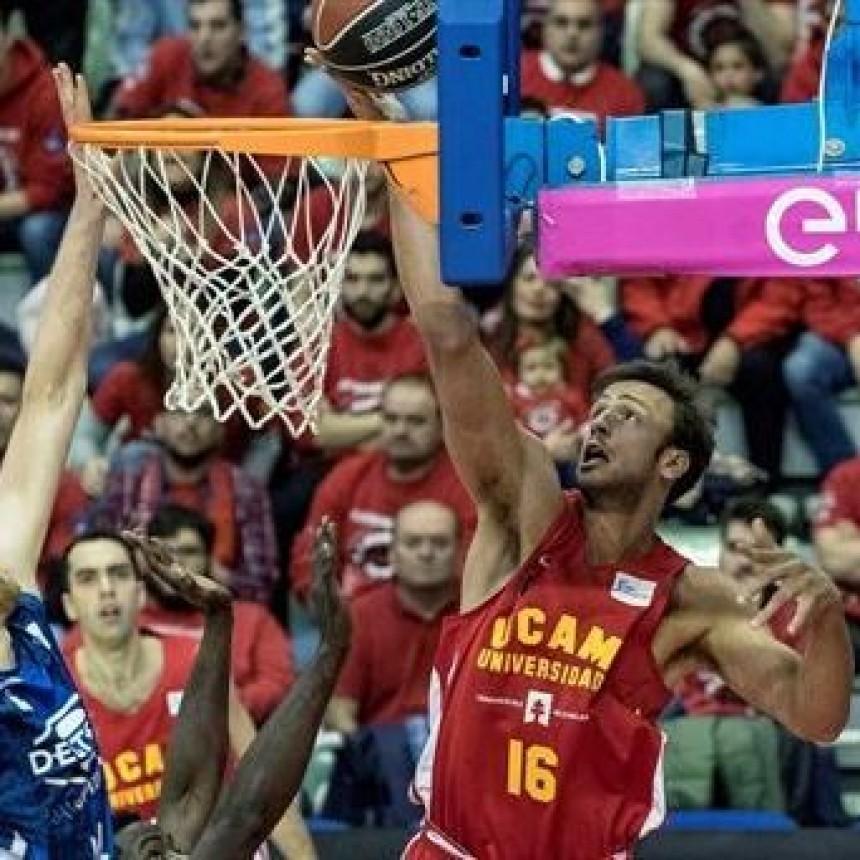 El Murcia de Marcos Delía muy cerca del play off de la Liga Española