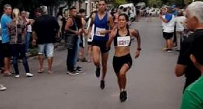 Francisca Almirón ganó los 10K de las Olimpiadas de Lobos