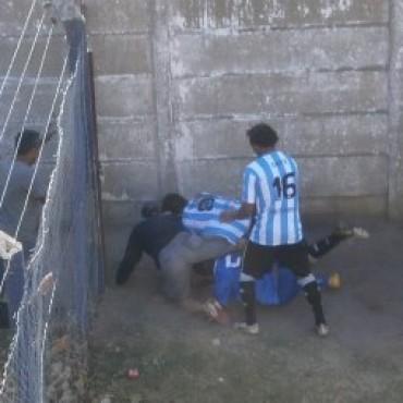 Argentino – Del Carril, pierden puntos por los disturbios de la última fecha