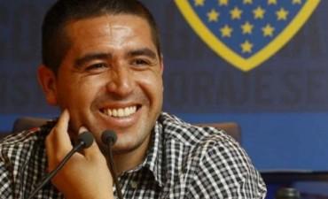 Riquelme podría  retornar al fútbol en el extranjero