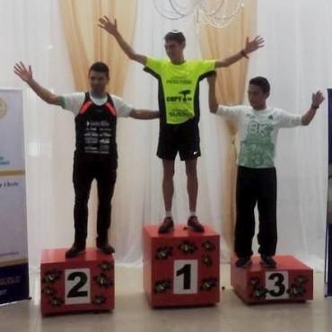 Gran carrera de Ezequiel Aguilera en los 10K de Chivilcoy
