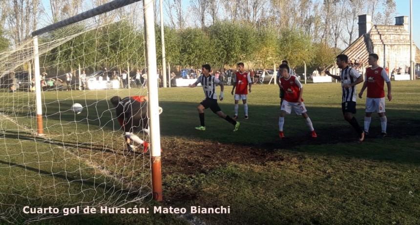 Huracán le cortó el invicto al Deportivo La Lola
