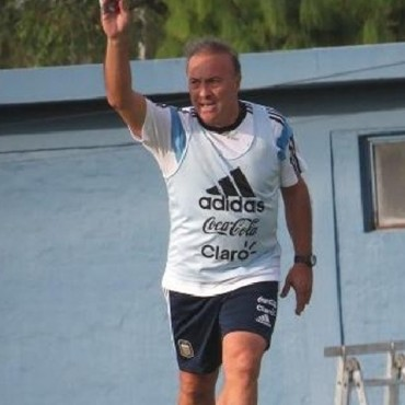 El Vasco Olarticoechea técnico interino de la selección sub20