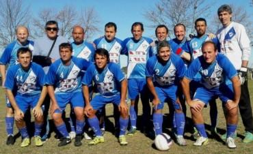 Jacobo Urso goleo y sigue arriba en el Torneo de Veteranos