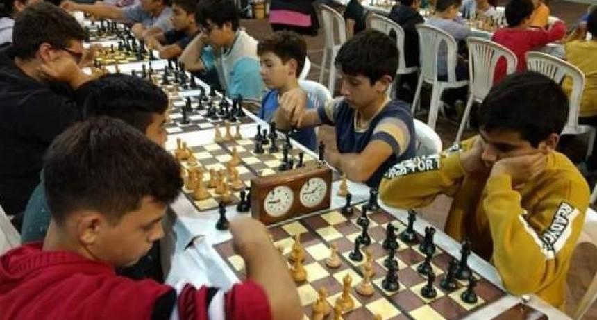 Escuela de Ajedrez de Saladillo participó del Prix en Bolívar