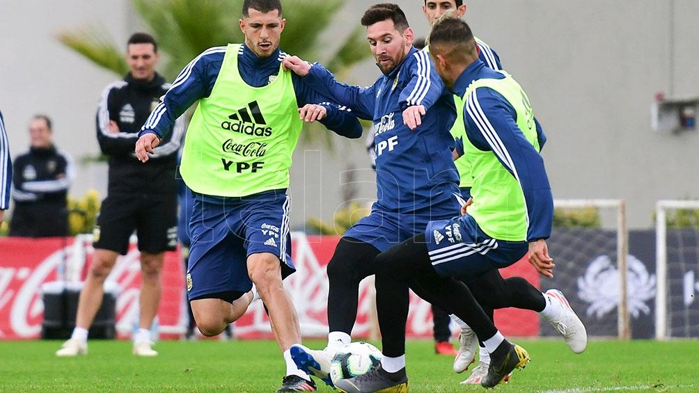 Messi, encendido en la práctica argentina