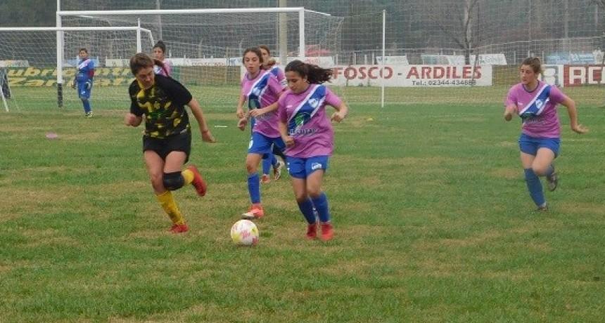 La primera final del Fútbol femenino quedó en cero