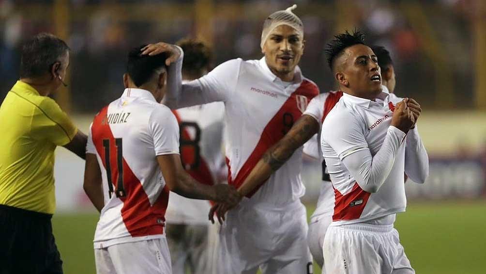 Perú, con Ricardo Gareca en el banco, enfrenta a Venezuela