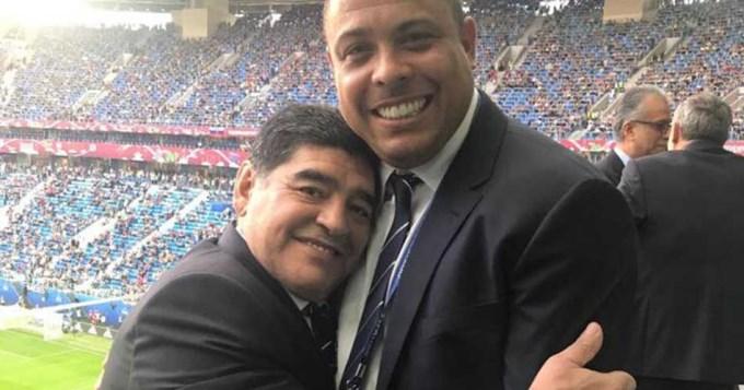 Gordos de fútbol: Maradona y Ronaldo, juntos en Rusia