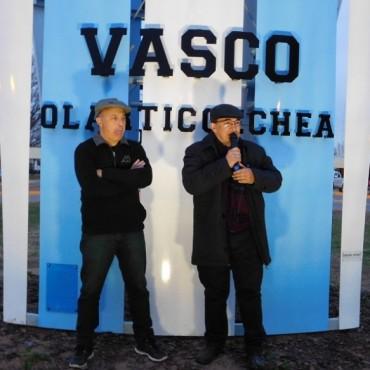 Quedó inaugurado el monumento al Vasco Olarticoechea