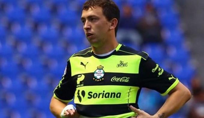 Atento Guillermo: Marchesín también juega de nueve