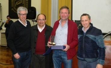 Entregaron el reconocimiento de Ciudadano Distinguido a Fabián Giustozzi