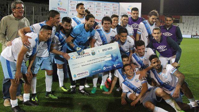 El Decano venció al Rojo y lo sacó de Copa Argentina