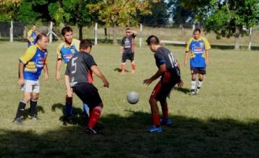 Veteranos jugaron en Alvarez de Toledo
