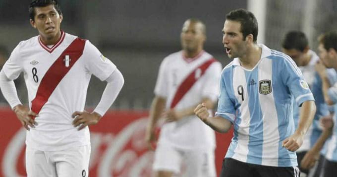 Argentina, de nuevo sin Messi, se mide con Perú en Lima