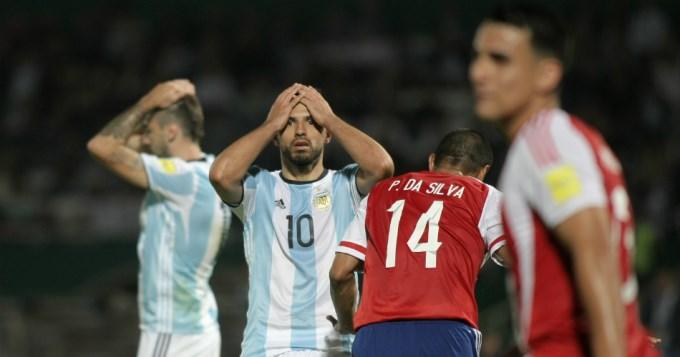 Argentina fue caos, confusión y silbidos ante Paraguay