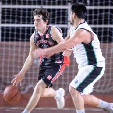 Primera victoria en el Federal del Estudiantes de Juan Pedro Mazza