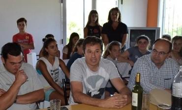 Salomón participó de un almuerzo de trabajo con integrantes de la comisión directiva del Saladillo Hockey Club